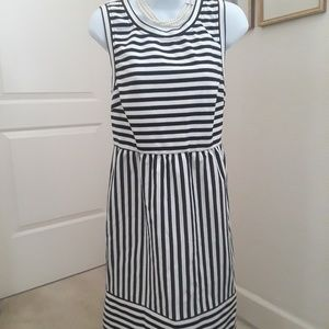 Inc black and white soft cotton dress